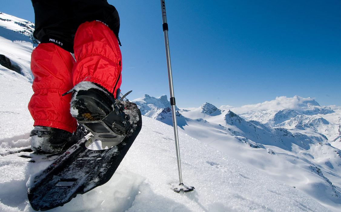 En Snowshoeing Verbier Ch