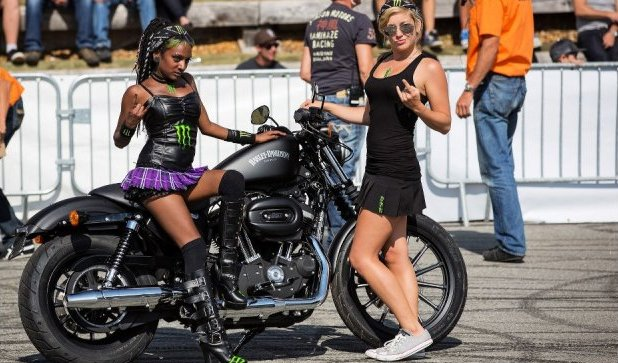 Bike Fest Biker Girls