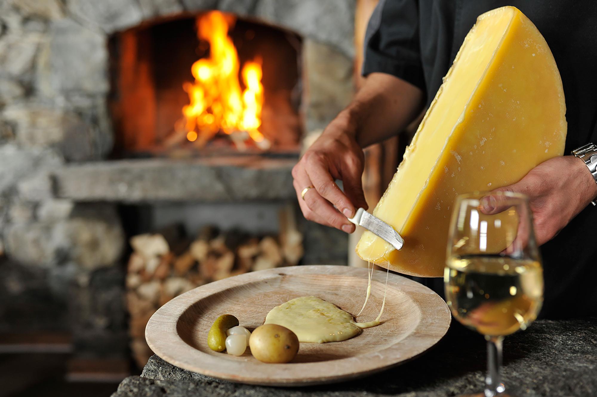 Raclette_CP(c) VERBIER PROMOTION